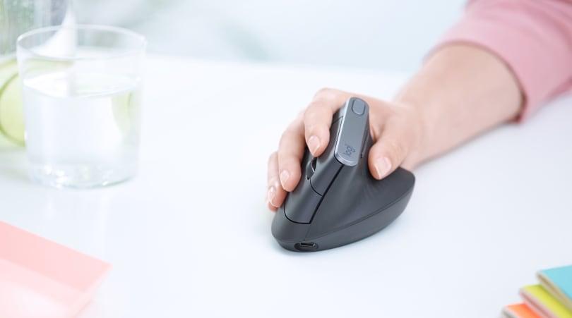 罗技推出旗下第一款垂直鼠标「MX Vertical」