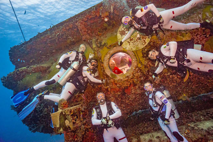 NASA astronauts head underwater to simulate Mars missions
