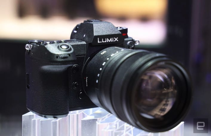 Sony's full-frame mirrorless cameras finally have some competition