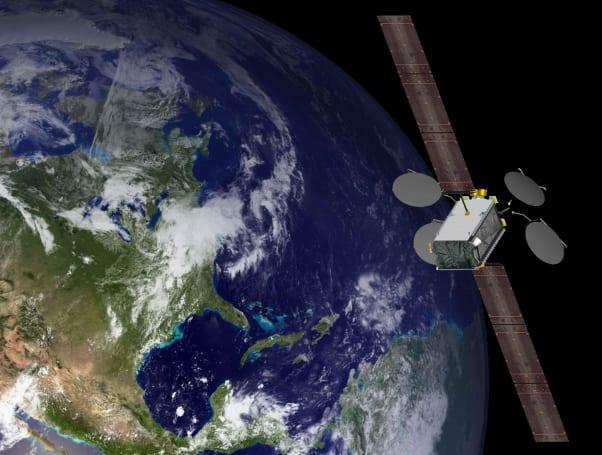 世界第一颗完全靠离子推进器维持轨道的卫星开始商用