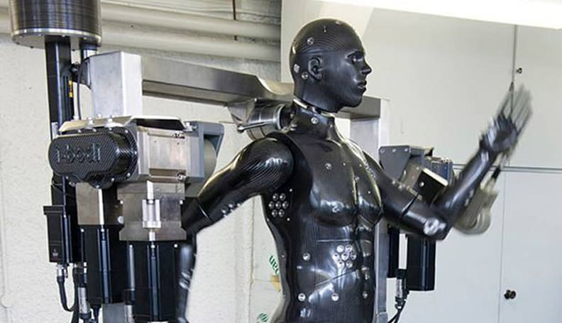 UK's Ministry of Defence has its own creepy hazmat testing robot (video)