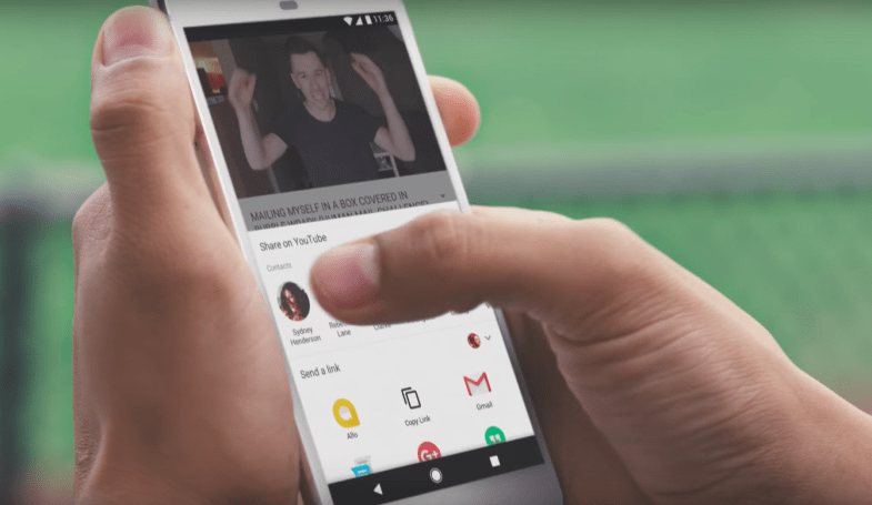 YouTube adds in-app direct messaging and sharing features
