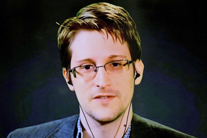 Snowden's email provider confirms it was an investigation target