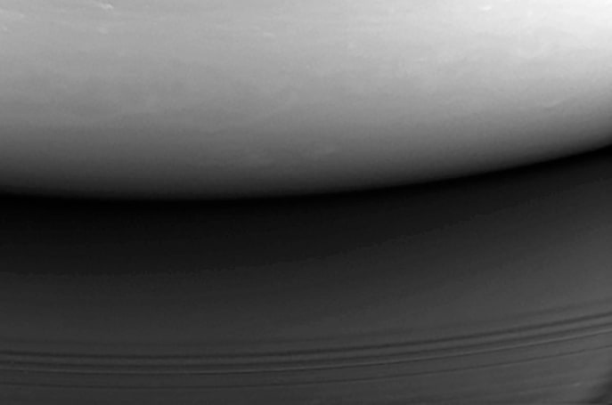 Cassini mission ends with final plunge into Saturn