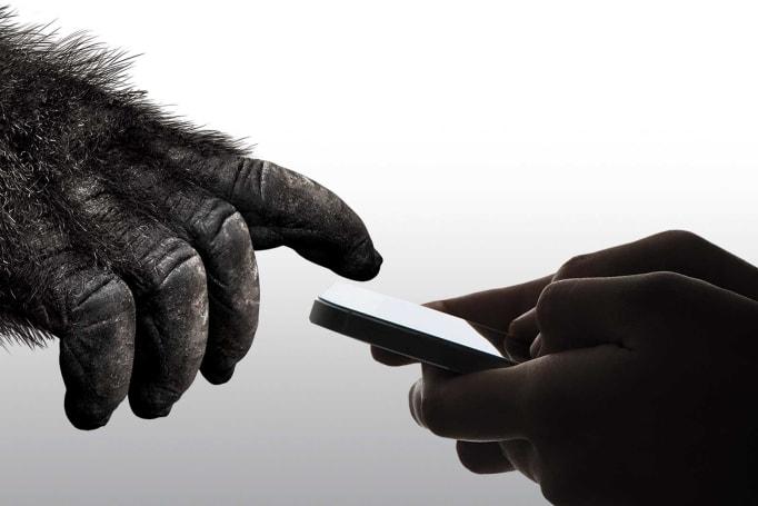 第 6 代大猩猩玻璃要給手機螢幕有多一倍的保護
