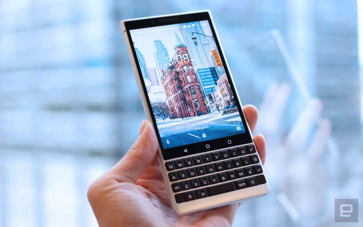 BlackBerry Key2 动手玩,更时尚的商务机