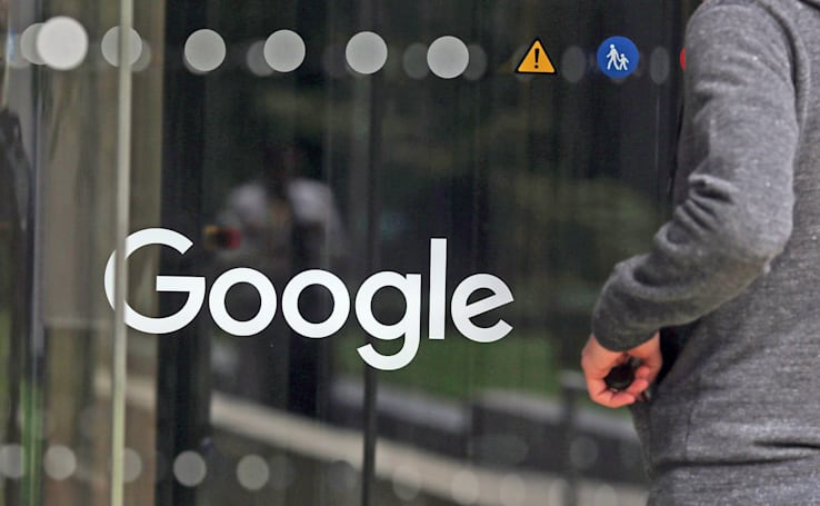 Google's AI gets human help to avoid offensive search results