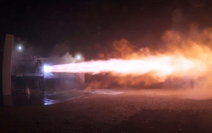 SpaceX 成功試射 Raptor 火箭引擎