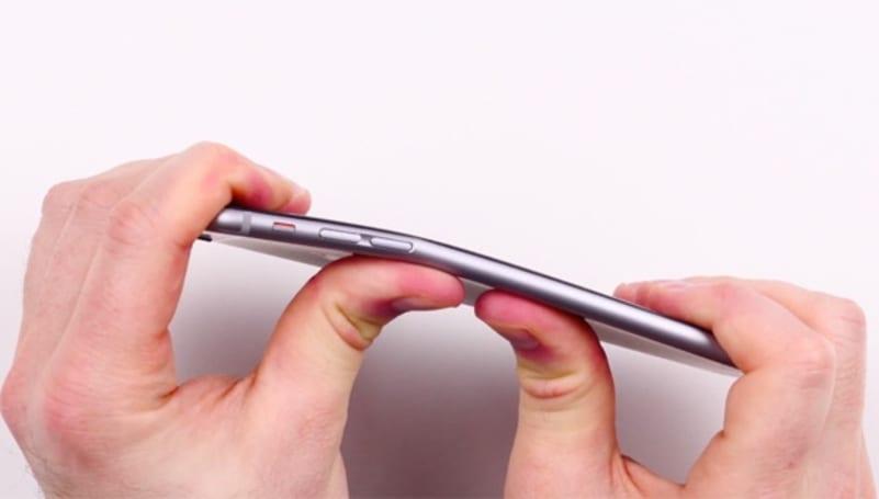 原来苹果早就知道 iPhone 6 比之前的产品更易被掰弯