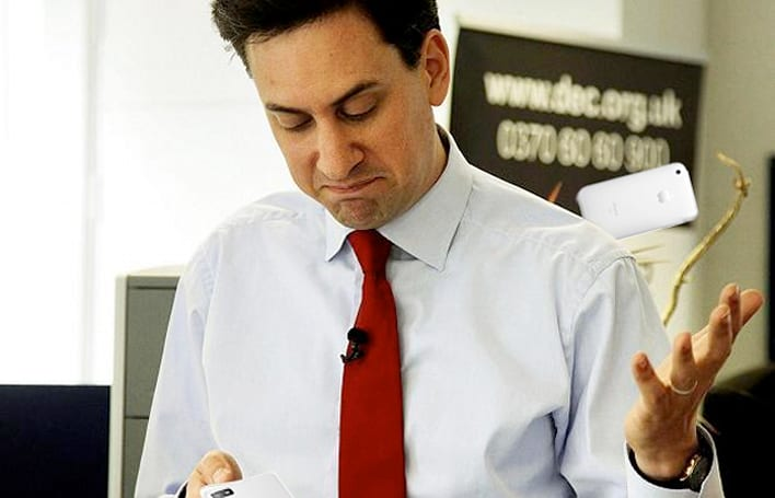 UK politician cured his smartphone addiction by buying a BlackBerry
