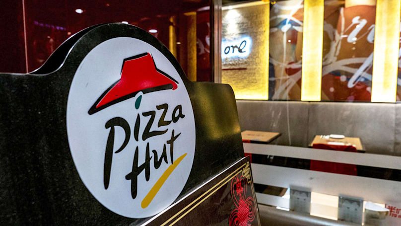 Pizza Hut gives you delivery estimates before you order online