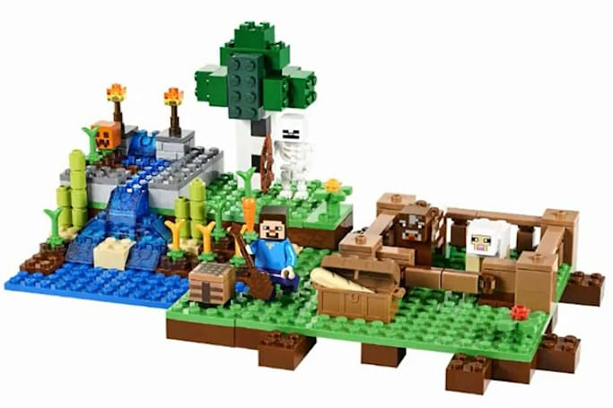 New Lego Minecraft sets turn minifig Steve into a farmer and a miner