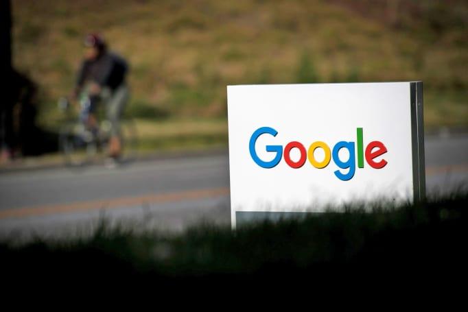 Google employees push back on censored China search engine (update)