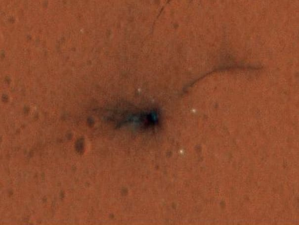 ESA releases first color photos of the EXOMARS crash site