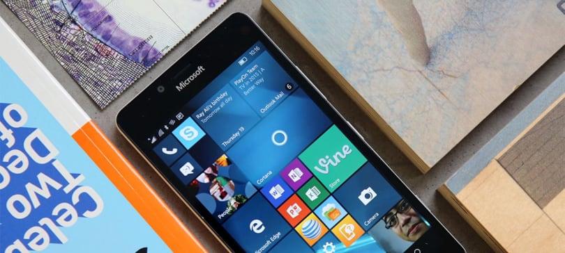 Microsoft delays Windows 10 Mobile upgrade for older Lumias