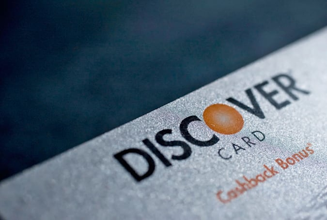 Discover card users can redeem their points on Apple Pay