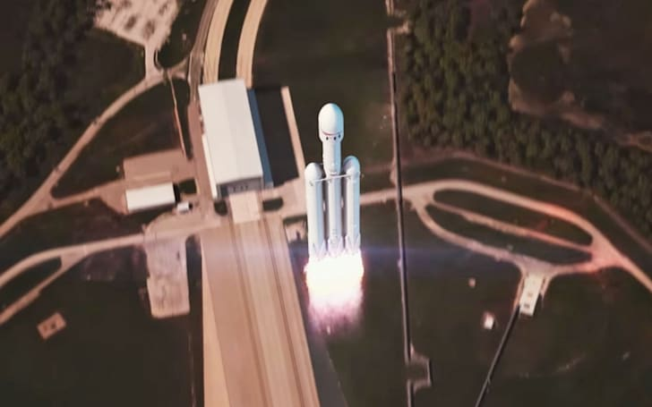 SpaceX animation shows the ideal outcome for the Falcon Heavy launch