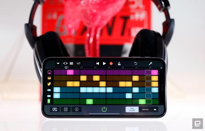 GarageBand expands its music-making palette