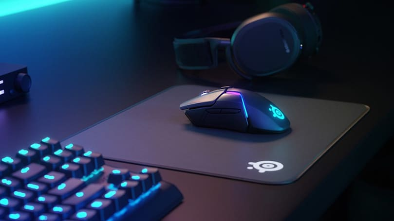 SteelSeries' latest wireless gaming mouse charges in 15 minutes