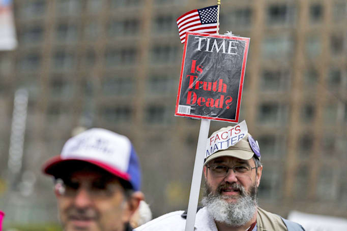 Time's struggle to adapt to digital brings it near a sale (update: official)