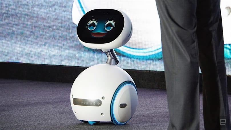 這位華碩的 Zenbo 機器人管家,已經準備好了要陪伴全家人(眨眼)