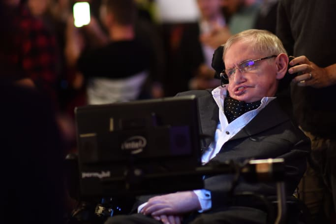 Stephen Hawking's last paper on black holes is now online