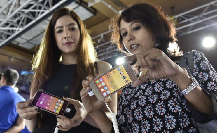Samsung: Please, somebody, make mobile apps for Tizen