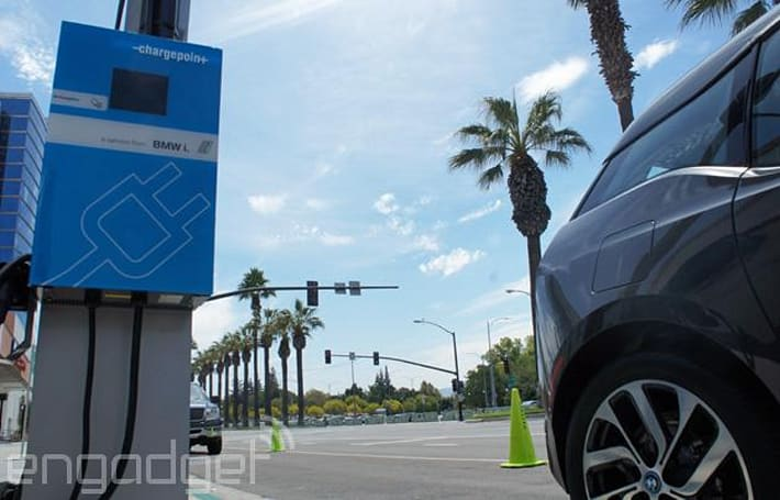 BMW's fast electric car charger rolls out to the US
