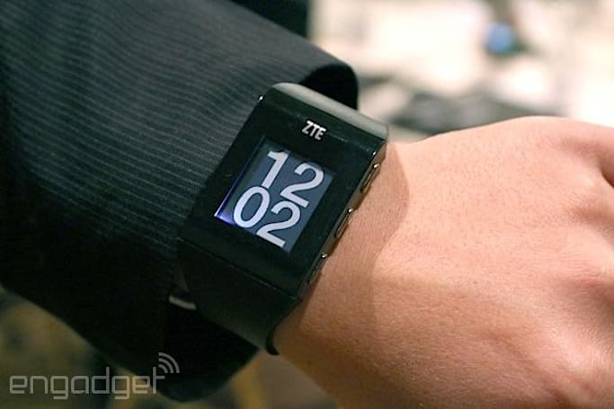 ZTE's BlueWatch brings Pebble-like features to China (hands-on)