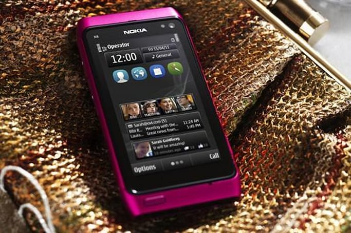 Nokia announces pink N8 with Symbian Anna, neglects to give us a release date