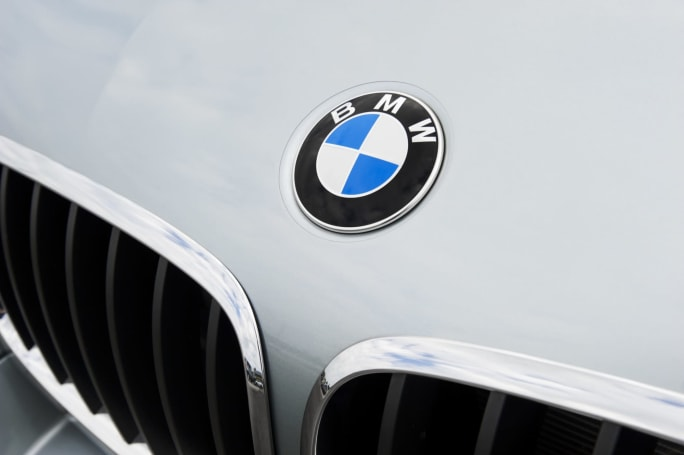 A BMW outage made Apple CarPlay unusable