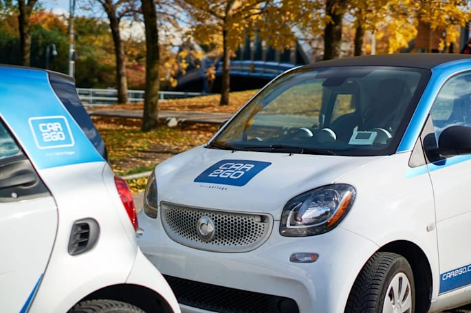 US regulators approve BMW-Daimler services merger