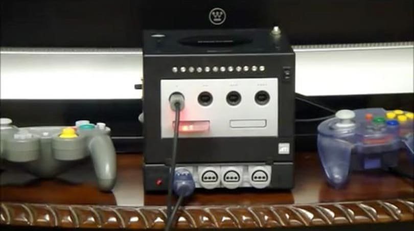Hailrazer stuffs a Nintendo 64 into a GameCube GameBoy Player (video)