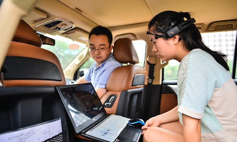 Chinese university finds a way to control cars with your brain