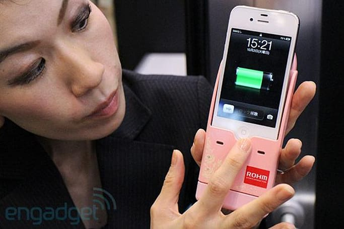 Rohm 5Wh hydrogen fuel cells power up smartphones, ready for the trash after one charge