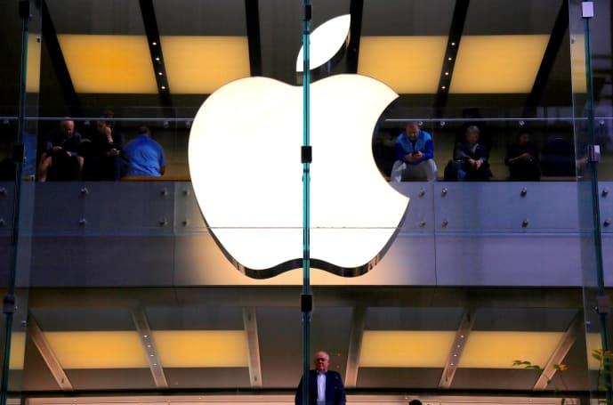 Australian teen pleads guilty to hacking Apple
