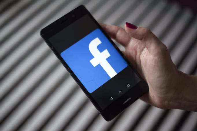 Senators have questions for Facebook over in-game payment policies