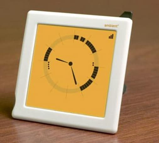 Ambient Clock combines Google Calendar and analog timekeeping