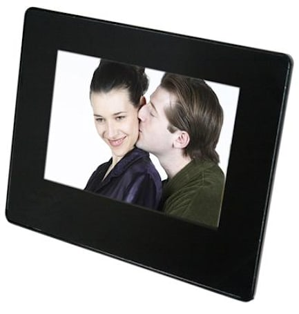 Mustek readies 9.5-inch digiframe with integrated NXT flat-panel speaker