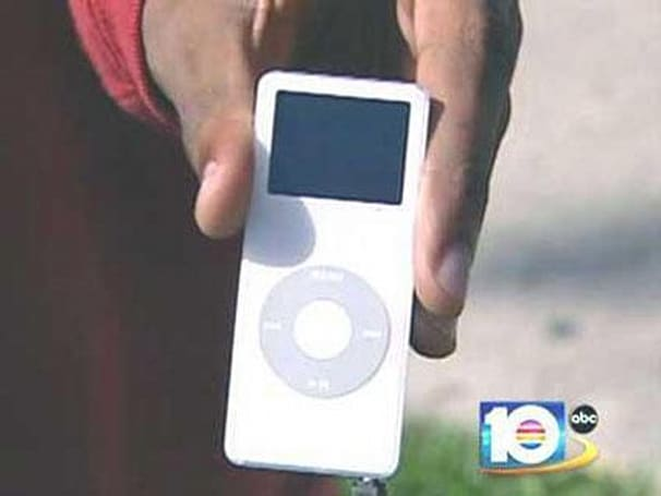 iPods worth $35000 go missing from Best Buy