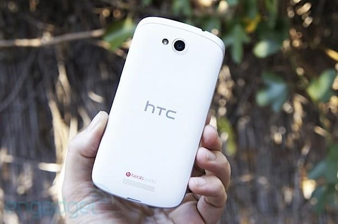 HTC One VX for AT&T hands-on: mid-range style on a budget (video)