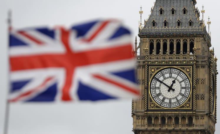 UK wants telecoms regulator to police social media companies