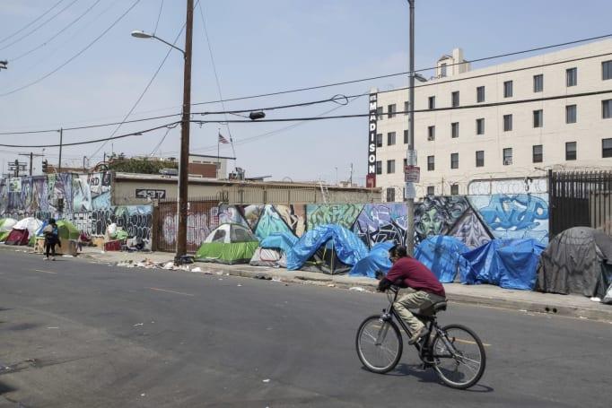 Cruel Google Maps trick marked livestreamer's mansion as a homeless shelter
