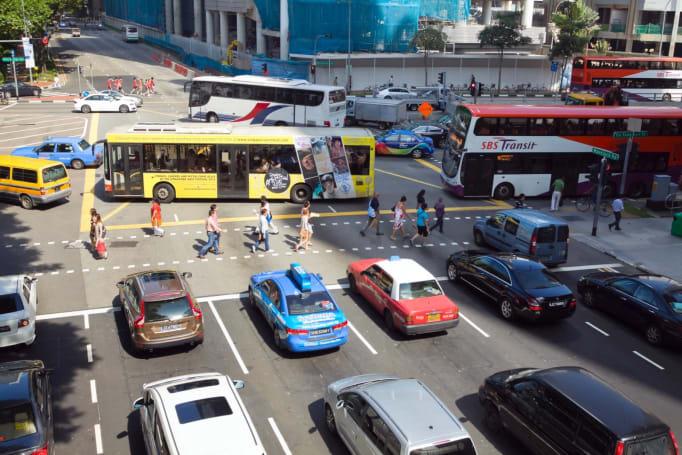 Uber, Lyft and others pledge to improve urban transportation