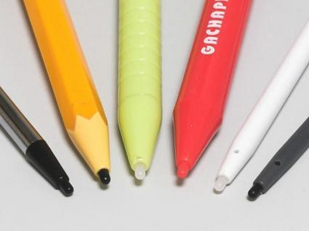 Get your stylus on -- tons of DS pens