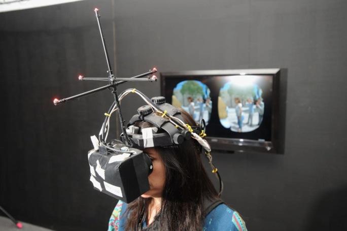 VR pop-up studio will help journalists track online shaming