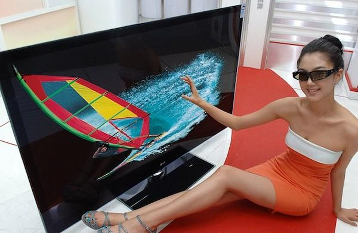 LG intros two new 600Hz 3D PDP TVs, as well as streamer boxes