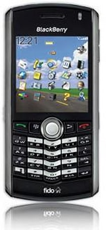 Fido's shops start stocking BlackBerry Pearl 8100