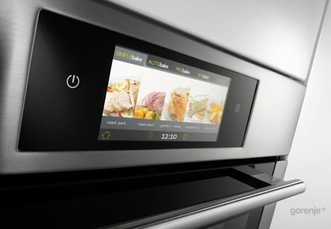 Gorenje iChef oven brings the touchscreen paradigm to all your baking needs