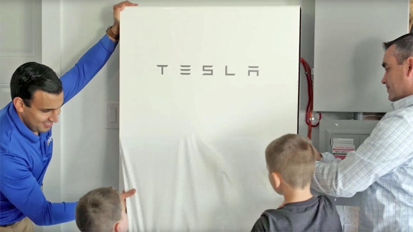 Tesla's latest smart power grid experiment begins in Canada